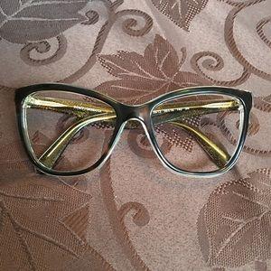 36305499838c Dolce   Gabbana Frames only🌹